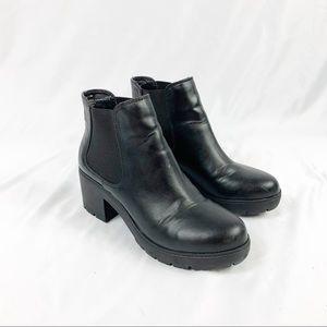 e4e078714 Steve Madden · Steve Madden Black Vegan Leather Chelsea Boots
